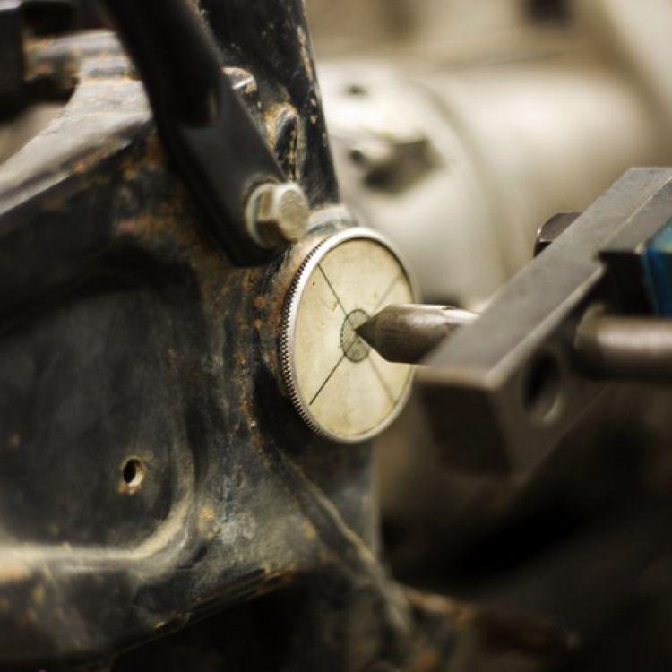 papoutsas-frames-episkeui-plaisia-motosikleton_0054